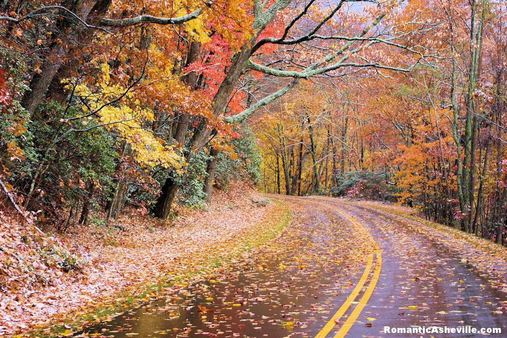 The fall colors of Blue Ridge Parkway, courtesy of Romantic Asheville