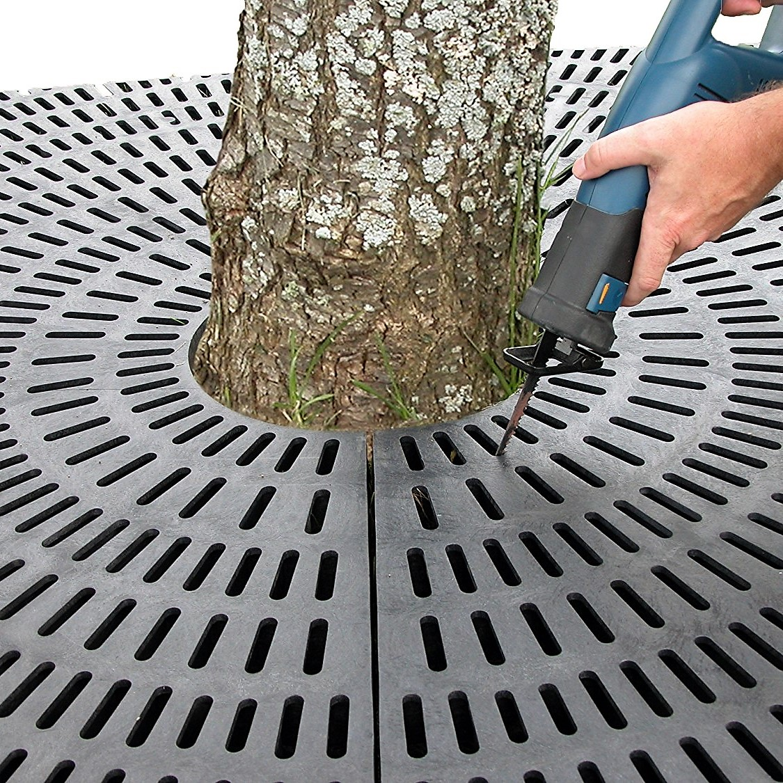 Recycled Plastic Tree Grate from OCC Outdoors
