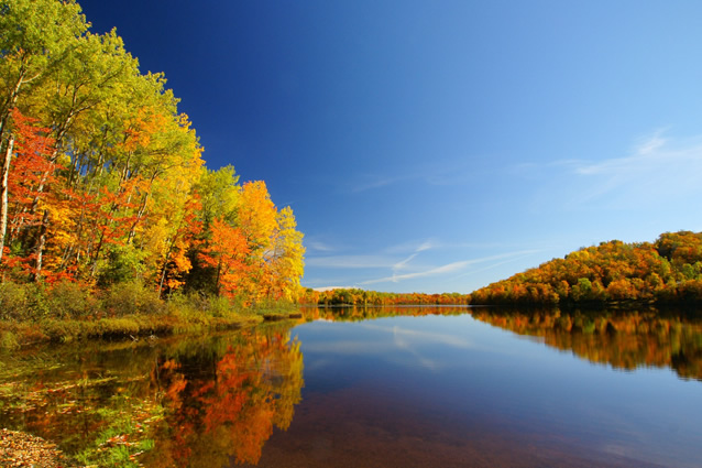 The fall colors of Presque Isle, WI